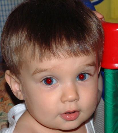Fotoğraflarda kırmızı gözlü çıkmamak için ne yapabiliriz? - Page 4