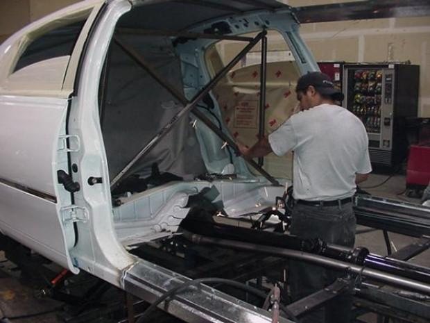 Fotoğraflarla limuzinlerin yapım aşamaları - Page 4
