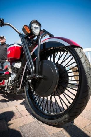 Frontier 111 A özel yapım tanklı motorsiklet - Page 2