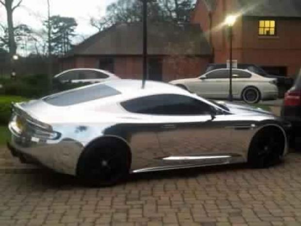 Futbolcuların kullandığı en pahalı arabalar! - Page 4