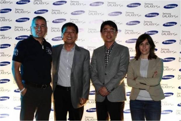 Galaxy S4 ile 4 dörtlük geceye hangi ünlüler katıldı? - Page 3