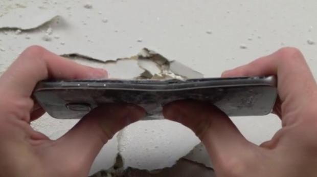 Galaxy S6 Edge bıçak ve çekiç testinde - Page 4