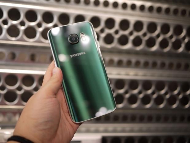 Galaxy S6 Edge ve Galaxy S6 arasında ne fark var? - Page 3