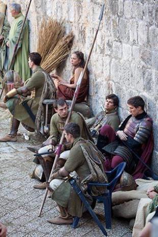 Game of Thrones setinde neler oluyor? - Page 1