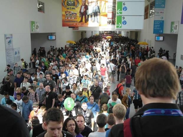 Gamescom 2012, Dev Oyun Fuarı Almanya'yı Salladı! -GALERİ - Page 2