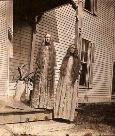 Gece asla bakmamanız gereken birbirinden korkunç tarihi fotoğraflar! - Page 1