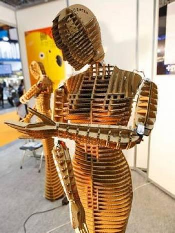 Geçmişin ve şimdiki zamanın en çekici robotları! - Page 1