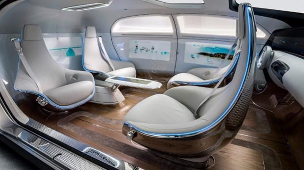 Geleceğe ışık tutan otomobil: Mercedes F015 Luxury - Page 3