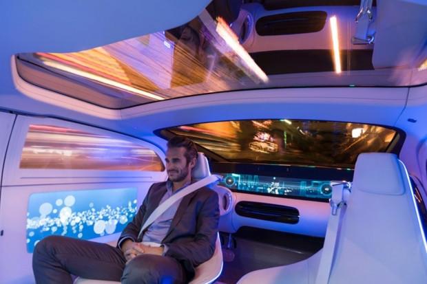 Geleceğe ışık tutan otomobil: Mercedes F015 Luxury - Page 4