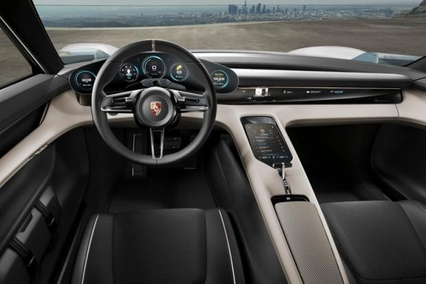 Geleceğin elektrikli otomobili Porsche Misyon E - Page 2