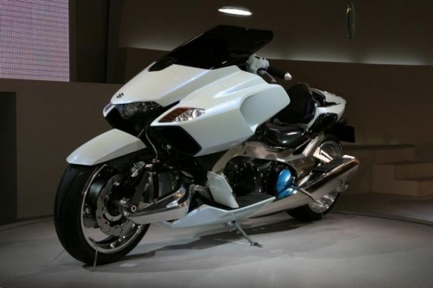 Geleceğin motosikletleri asfaltı ağlatacak! - Page 1