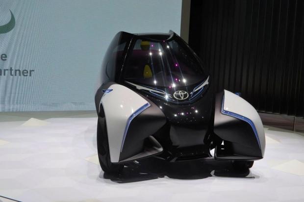 Geleceğin otomobili Toyota, i-Tril - Page 1
