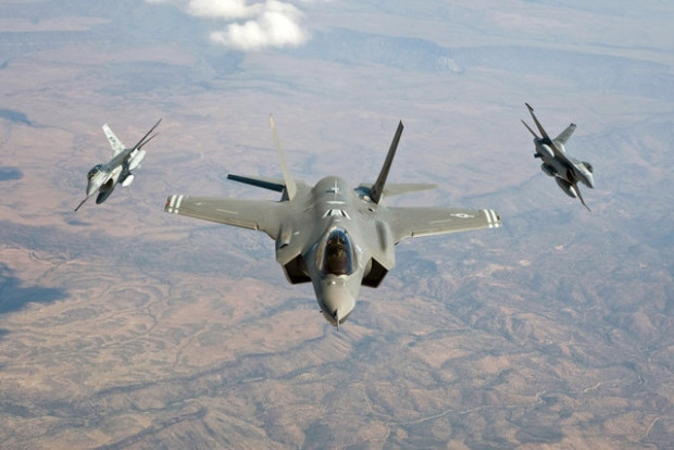Geleceğin uçağı F-35'i türkler üretecek! - Page 3