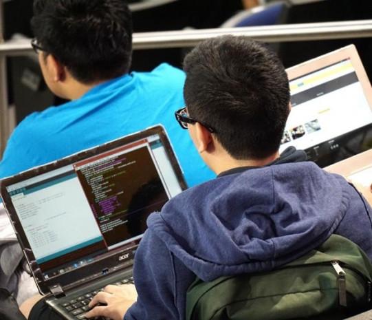 Genç hacker'ler projeleriyle yarıştı! - Page 1