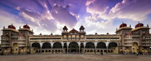 Gerçeküstü güzelliğe sahip Hindistan sarayları - Page 1