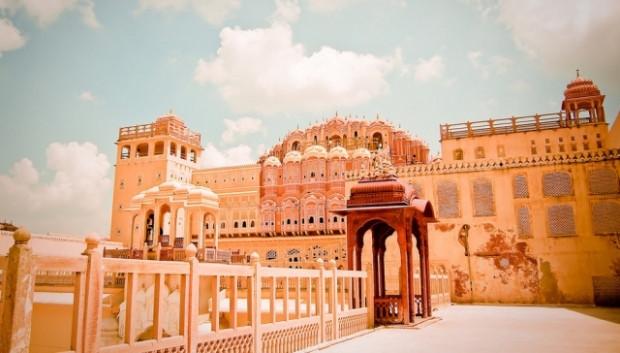 Gerçeküstü güzelliğe sahip Hindistan sarayları - Page 2