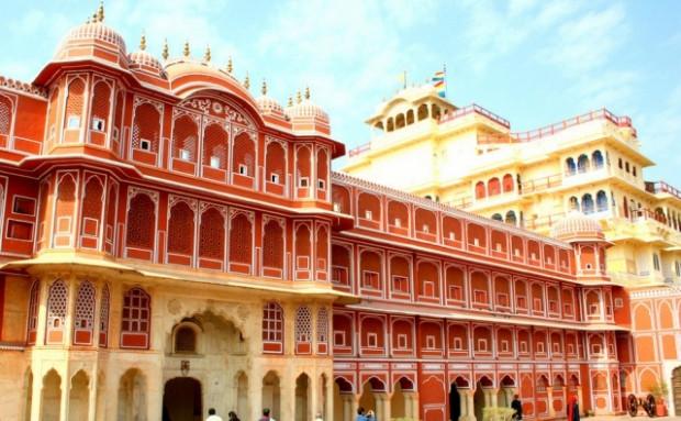 Gerçeküstü güzelliğe sahip Hindistan sarayları - Page 4