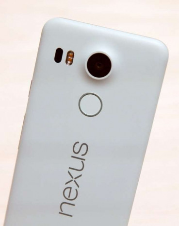 Google yeni cep telefonlarını tanıttı - Page 3