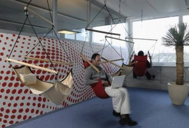 Google'ın çılgın ofisinde kareler - Page 1