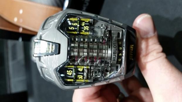 Gördüğünüz tüm saatleri unutturacak HUBLOT, MP-05 LaFerrari Sapphire - Page 4