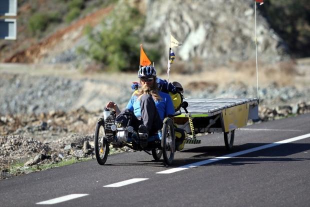 Güneş enerjili bisikletiyle dünya turuna çıktı - Page 2