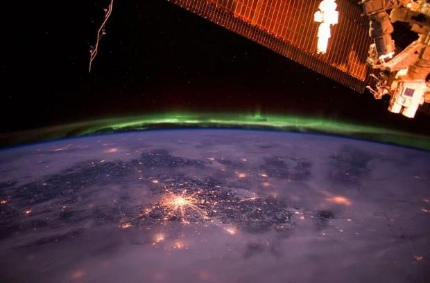 Güneş sisteminden ''Interstellar'' etkisi yaratacak 29 fotoğraf - Page 2