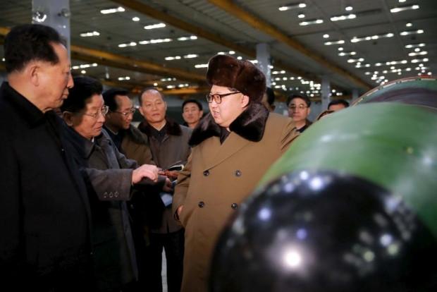 Güney Kore'yi, Kuzey Kore'den kurtaracak bomba! - Page 1