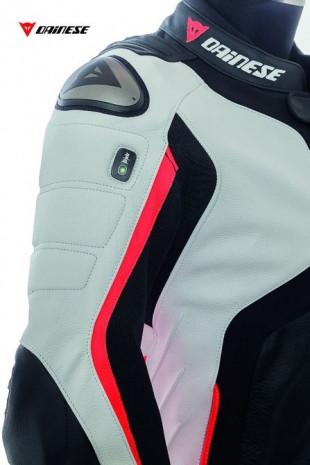 Hava yastıklı motorsiklet kıyafeti Dainese - Page 1