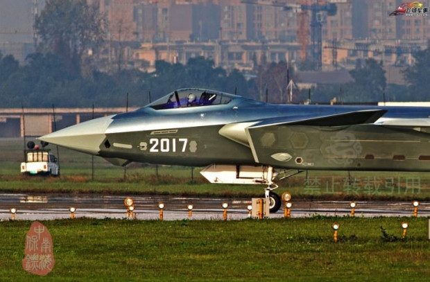 Hayalet  5. nesil savaş uçağı J-20 - Page 2