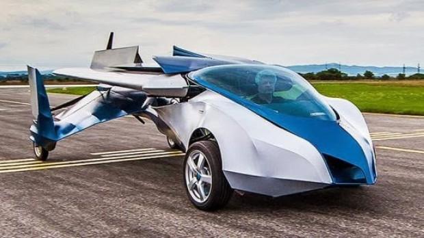 Hayalini gerçekleştiren mühendis uçan araba yaptı! - Page 1