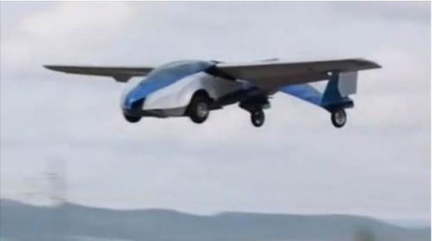 Hayalini gerçekleştiren mühendis uçan araba yaptı! - Page 4