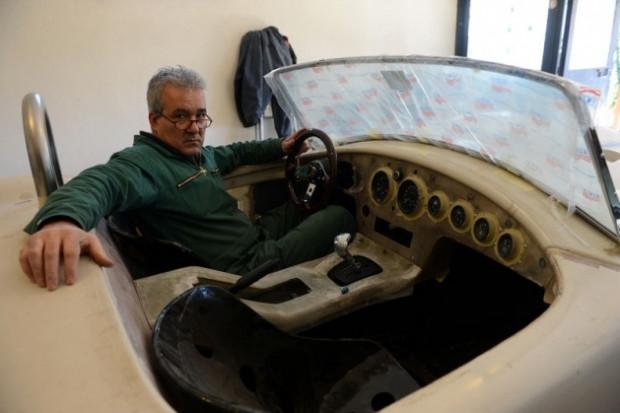 Hayalini kurduğu otomobili garajında yapan Türk! - Page 1