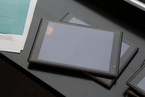 Haziran 2015'de piyasaya çıkacak Jolla Tablet - Page 2