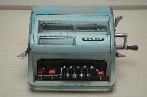 Hesap Makinasının Geçmişten Günümüze Gelişimini Anlatan 11 Fotoğraf - Page 4