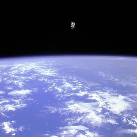 Hiç görmediğiniz uzay temalı duvar kağıtları - Page 2