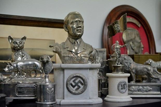 Hitlere ait yeni gizemler ortaya çıktı - Page 1