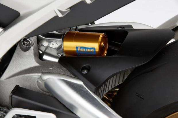 Honda 25. yılını CBR1000RR Fireblade SP ile kutluyor - Page 2