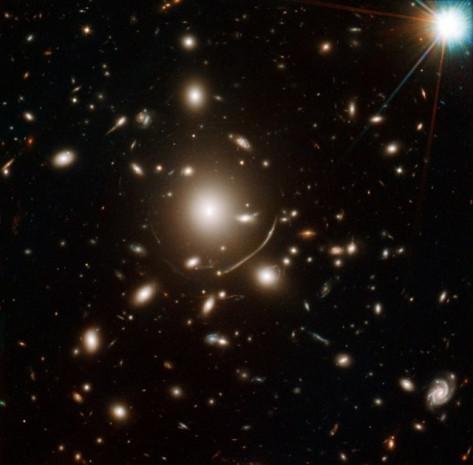 Hubble'ın yaptığı destansı keşiflerinden çok özel kareler - Page 1