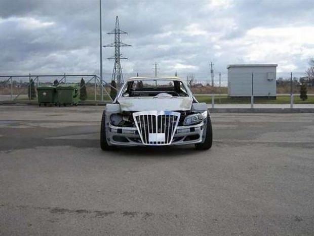 Hurda olarak aldığı Mercedes-Benz CLK-Class'ı baştan sona değiştirdi - Page 3