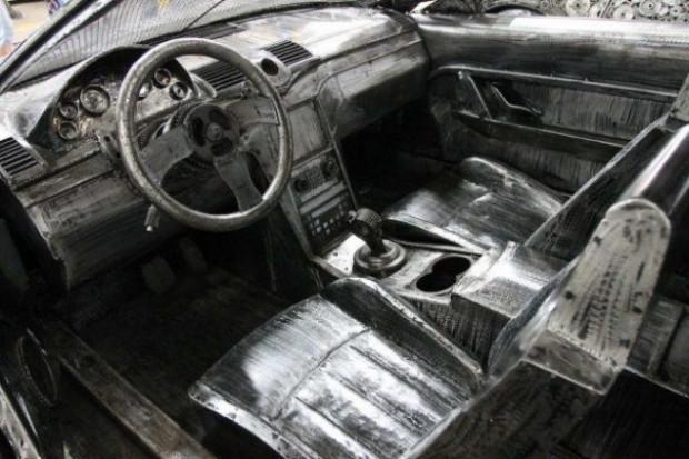 Hurdalıklardan topladığı metallerden otomobil yaptı - Page 4