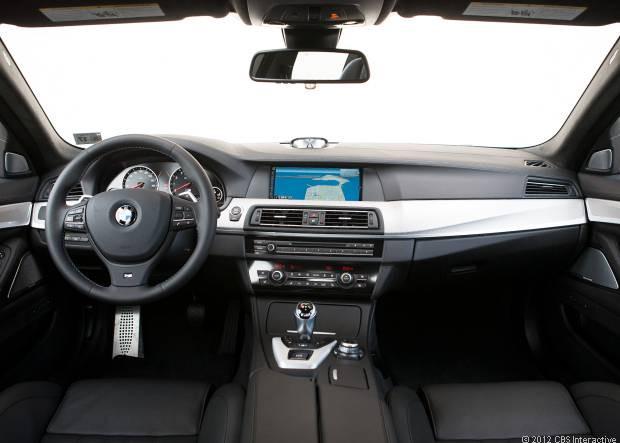 Huzurlarınızda: BMW M5 2013 - Page 1