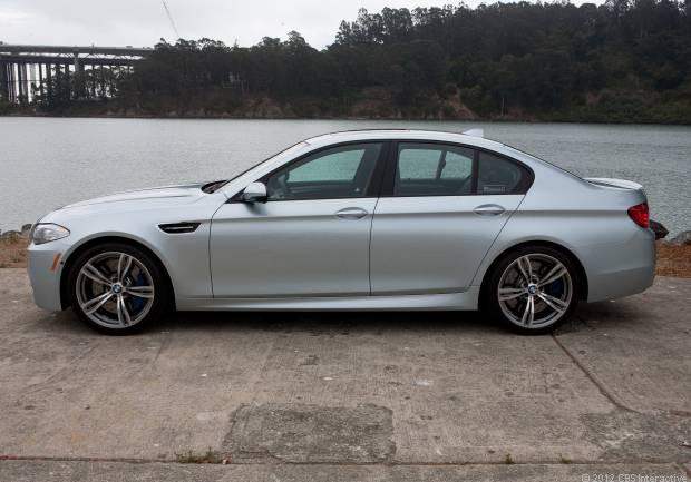 Huzurlarınızda: BMW M5 2013 - Page 3