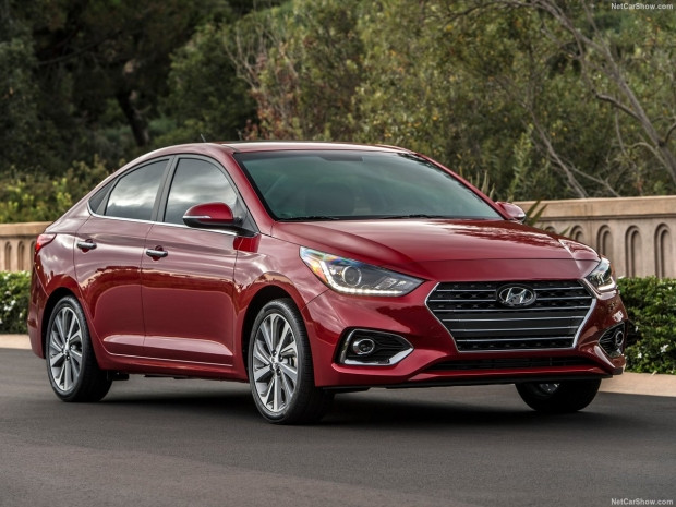 Hyundai Accent 2018 - Page 4