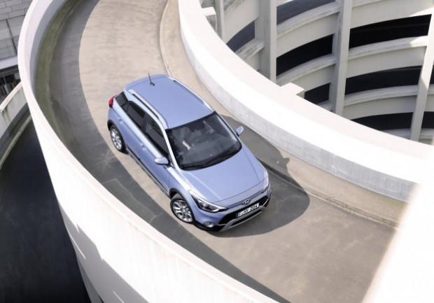 Hyundai i20'nin Türkiye'de satış fiyatı! - Page 4