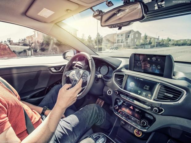 Hyundai Ioniq Autonomous konsept 2017 - Page 2