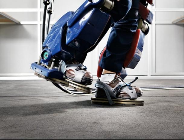 Hyundai iskelet robotunu sergiledi - Page 4