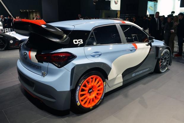 Hyundai'nin, 2017 FIA'da kullanacağı i20 Coupe WRC yarış otomobili - Page 2