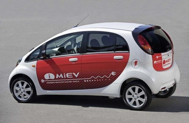 İ-Miev 100 km'de 2.5 liralık elektrik tüketiyor - Page 1