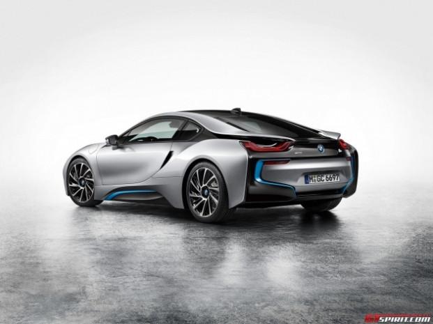 i8 prototipi BMW'yi rezil etti! - Page 4