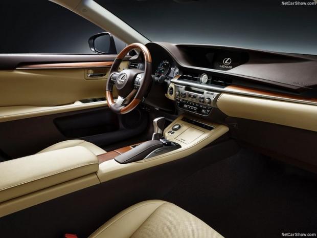 İç dizaynı ile büyüleyen Lexus ES 2016 - Page 1